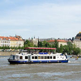 Advent river cruise in Prague
